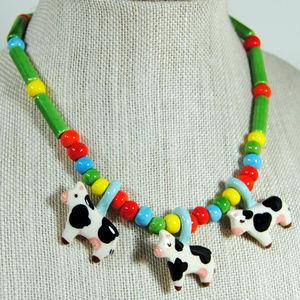 Jewelry - 3 Cows Plastic Multi Color Beads Humorous Cartoon